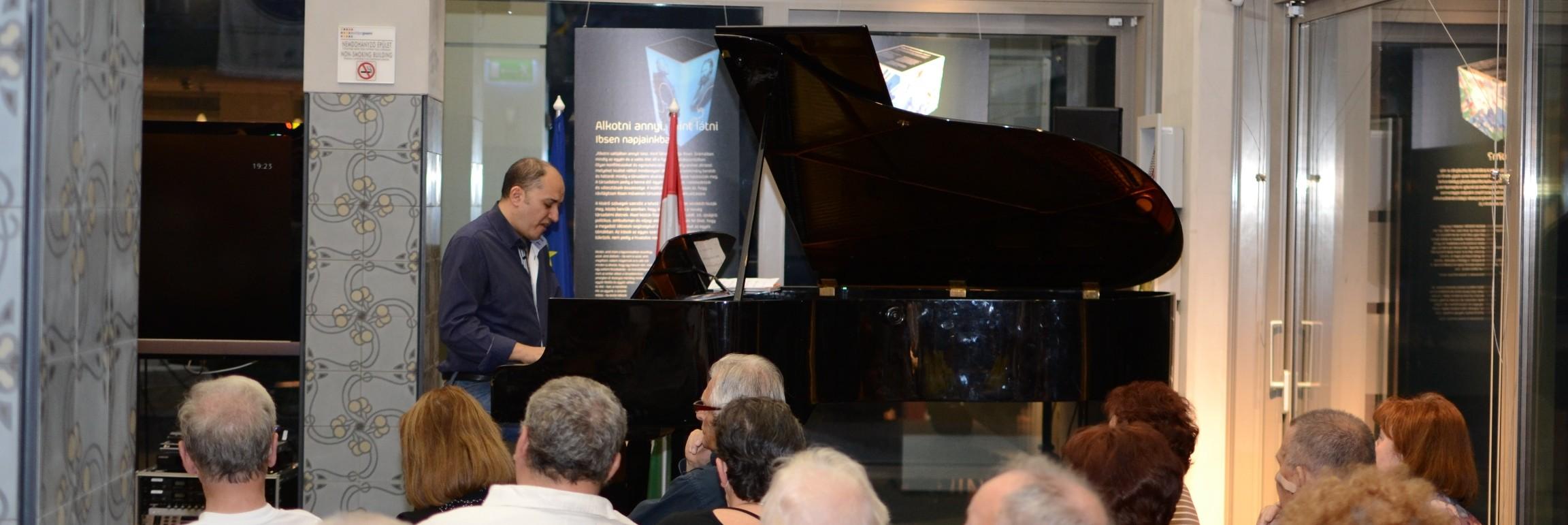 Oláh Kálmán koncert - Nemzetközi Jazz Nap 2012